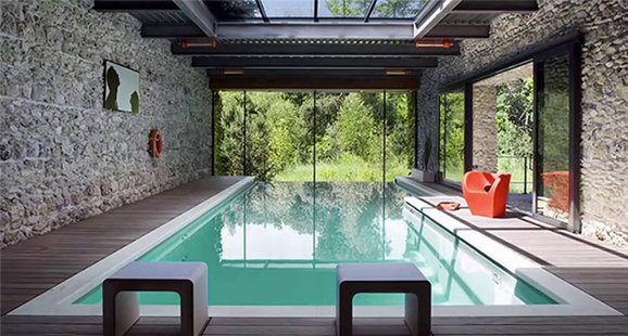 indoor pool builder in Dallas