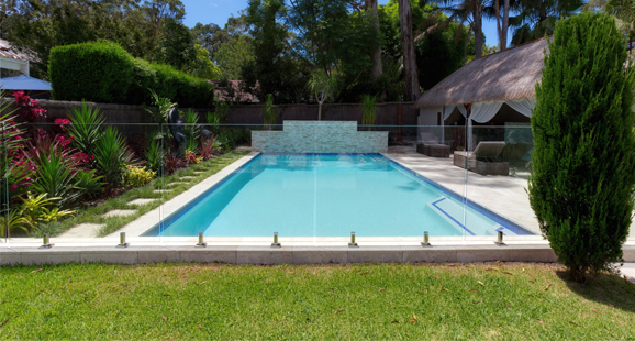 commercial pool builders in Dallas